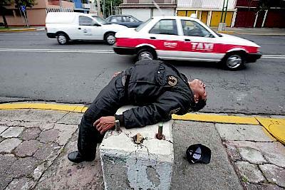 policia-borracho.jpg